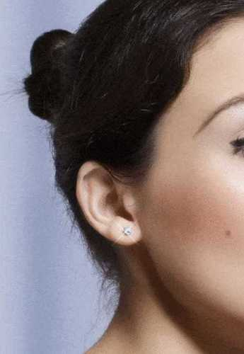 Gold & Diamond Stud Earring Certifications: Igi Certified