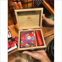 Wooden tie gift box