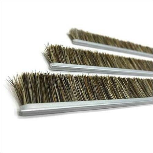 Animal Hair Strip Brush