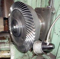 Gear grinder machine for spiral bevel 5A872