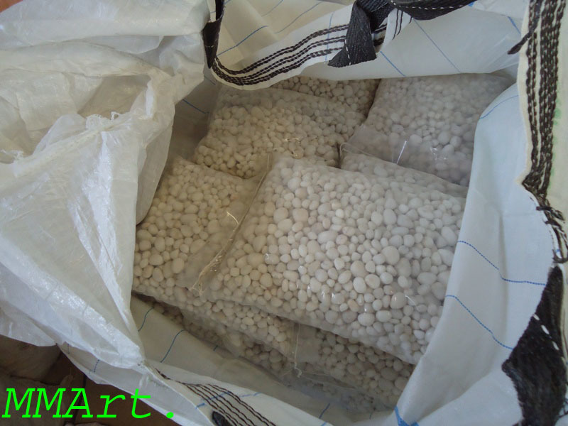 Wholesale demanded Big size white tumbled pebbles and cobbles stone
