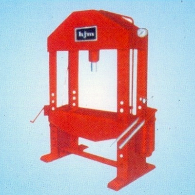 Hydraulic Press (Hand Operated)