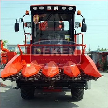 4 Rows Corn Harvester