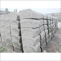 RCC Road Kerb Stone