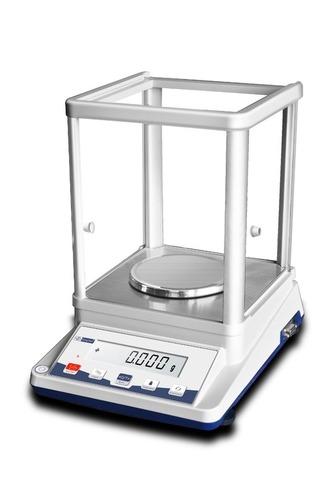 Analytical Balance 210 Gm X 0.001 Gm