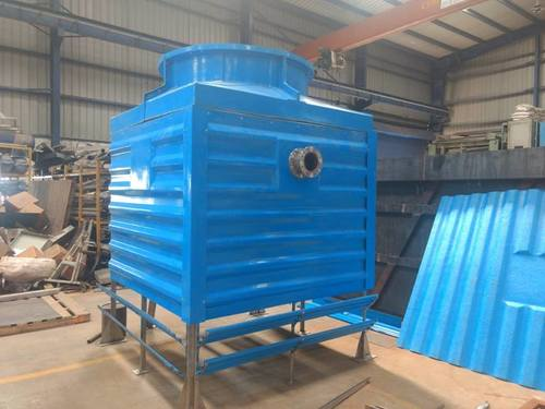Bottle shape cooling towers