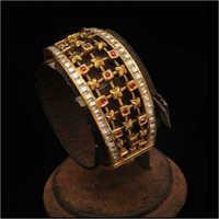 Gold Kundan Bangles