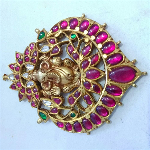 Laides Stone Gold Studded Pendent