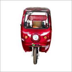 Battery Operated E-Rickshaw Loader