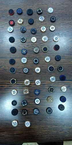 4 hole button