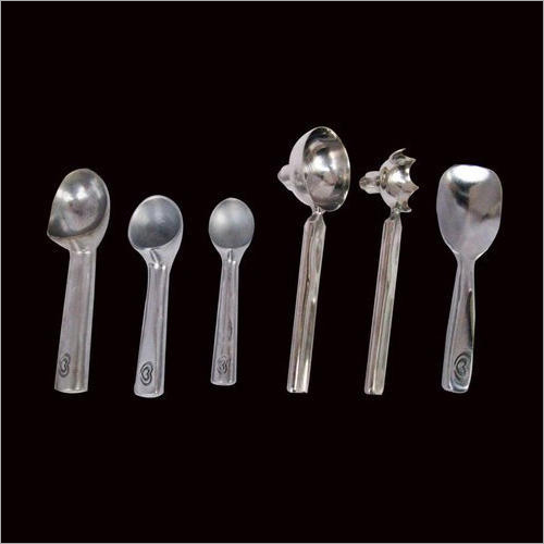 Stainless Steel & Aluminium Scoopers And Spades