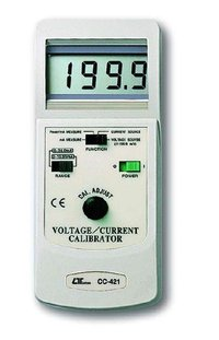 VOLTAGE CURRENT Calibrator CC-421 LUTRON