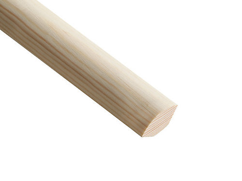 Corner wood primed flooring shoe moulding