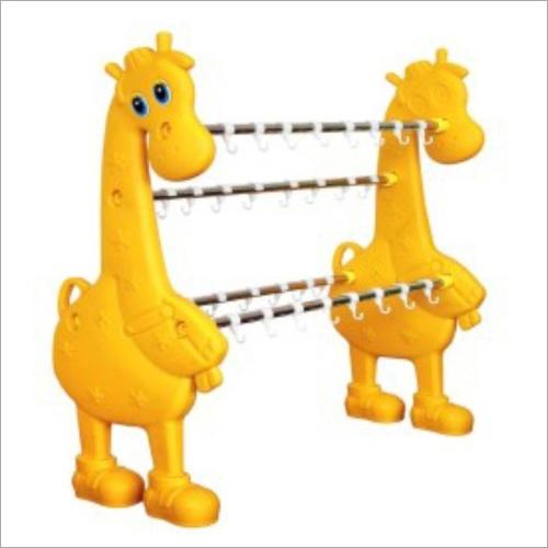Plastic Giraffe Bottle Hanger