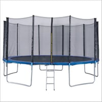 16 Ft Enclosed Trampoline With Ladder