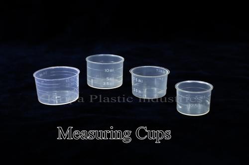 Transparent Plastic Measuring Cups