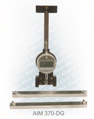 Demountable Mechanical Strain Gauge