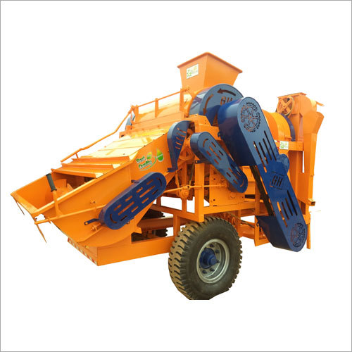Mini Combine Thresher Machine