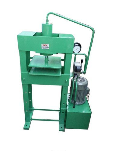 Slipper Cutting Press