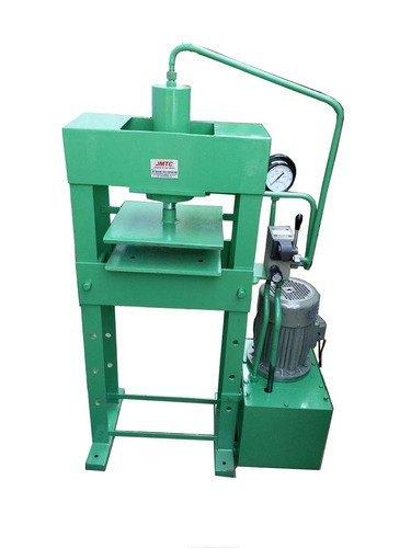 Slipper Cutting Press