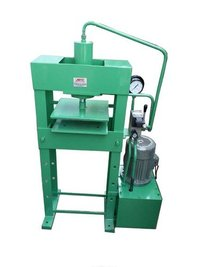 Automatic Slipper Sole Cutting Press