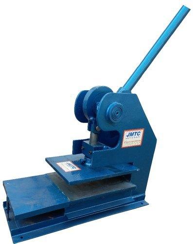 Men Slipper Sole Cutting Machine