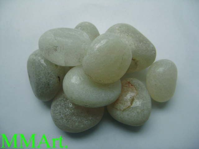 Wholesale Natural Clear Quartz Polished Crystal Tumbled Stones Crystal Chips