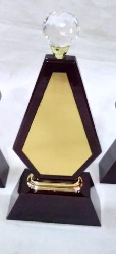 Wooden Diamond Momento
