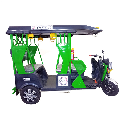 Comfertable Electric Rickshaw