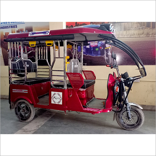Steel Body Electric Rickshaw