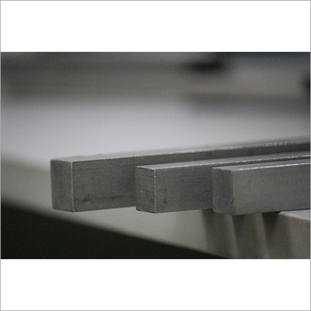 Stainless Square Bright Bar Cold Finish Square 10 mm to 50 mm