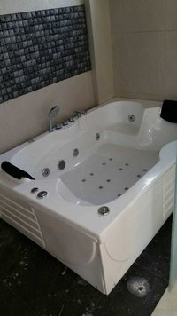 Double Seat Bathtub