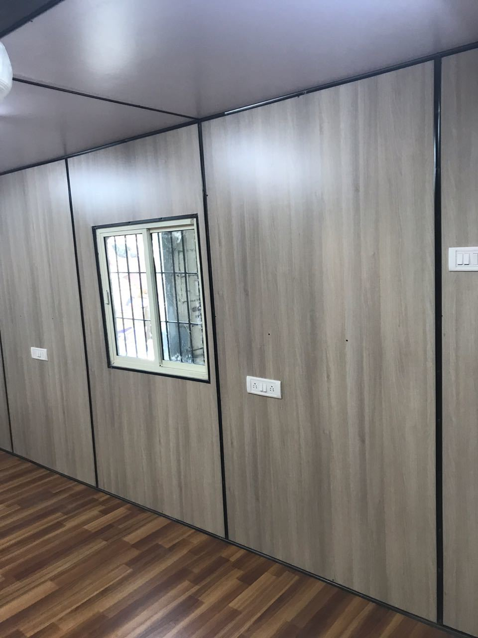 Fully Furnished Office Cabin