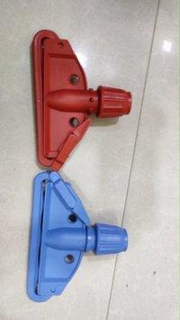 Wet Mop clip
