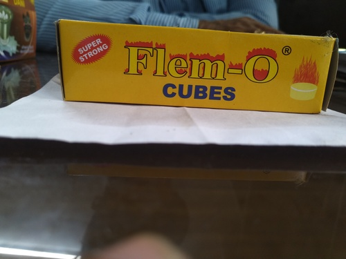 Extra strong dry fuel cube yellow