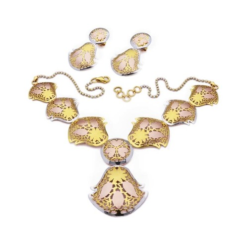 Bell Shaped Necklace Set