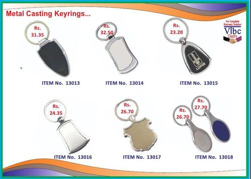 CASTING KEYCHAINS