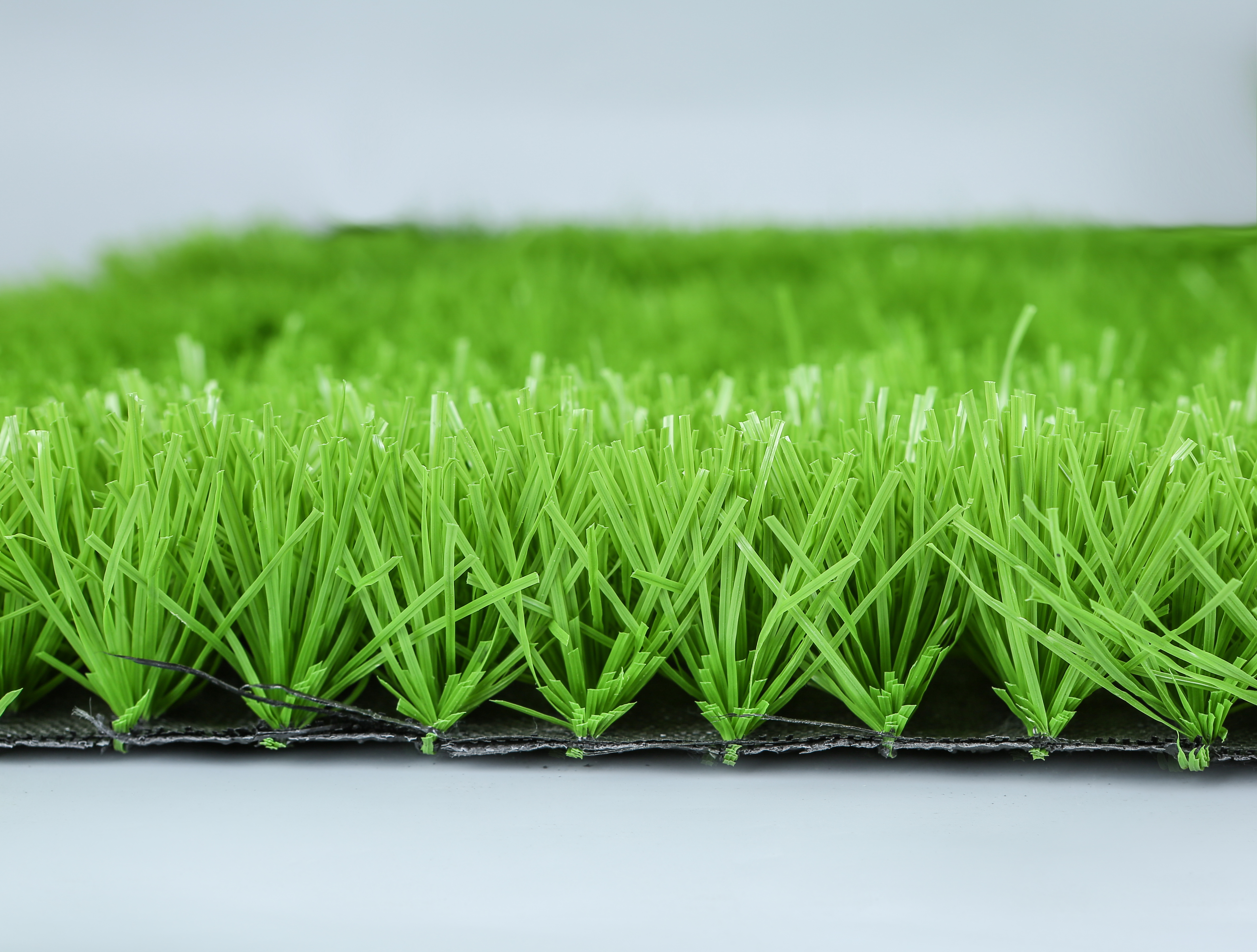 Artificial grass that makes people comfortable to exercise