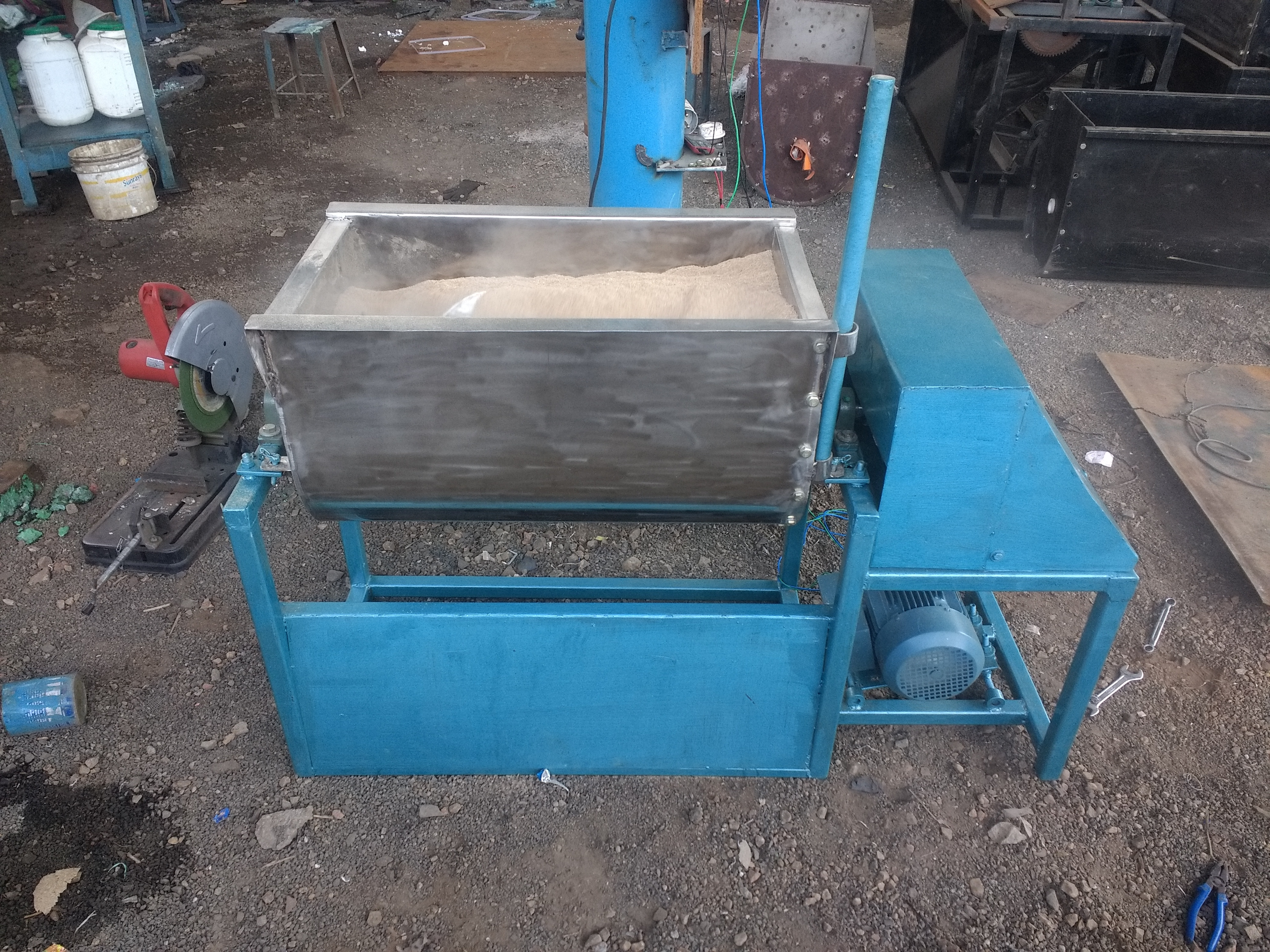 Commercial Ribbon Blender
