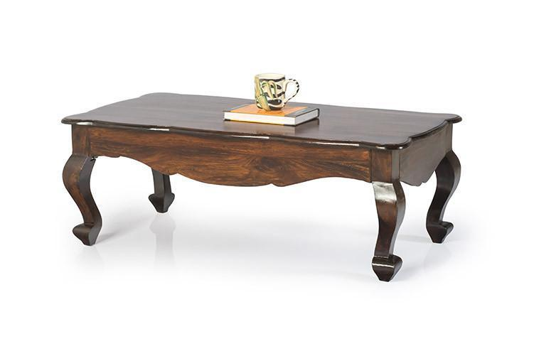 Elegant Center Table With Curving Legs