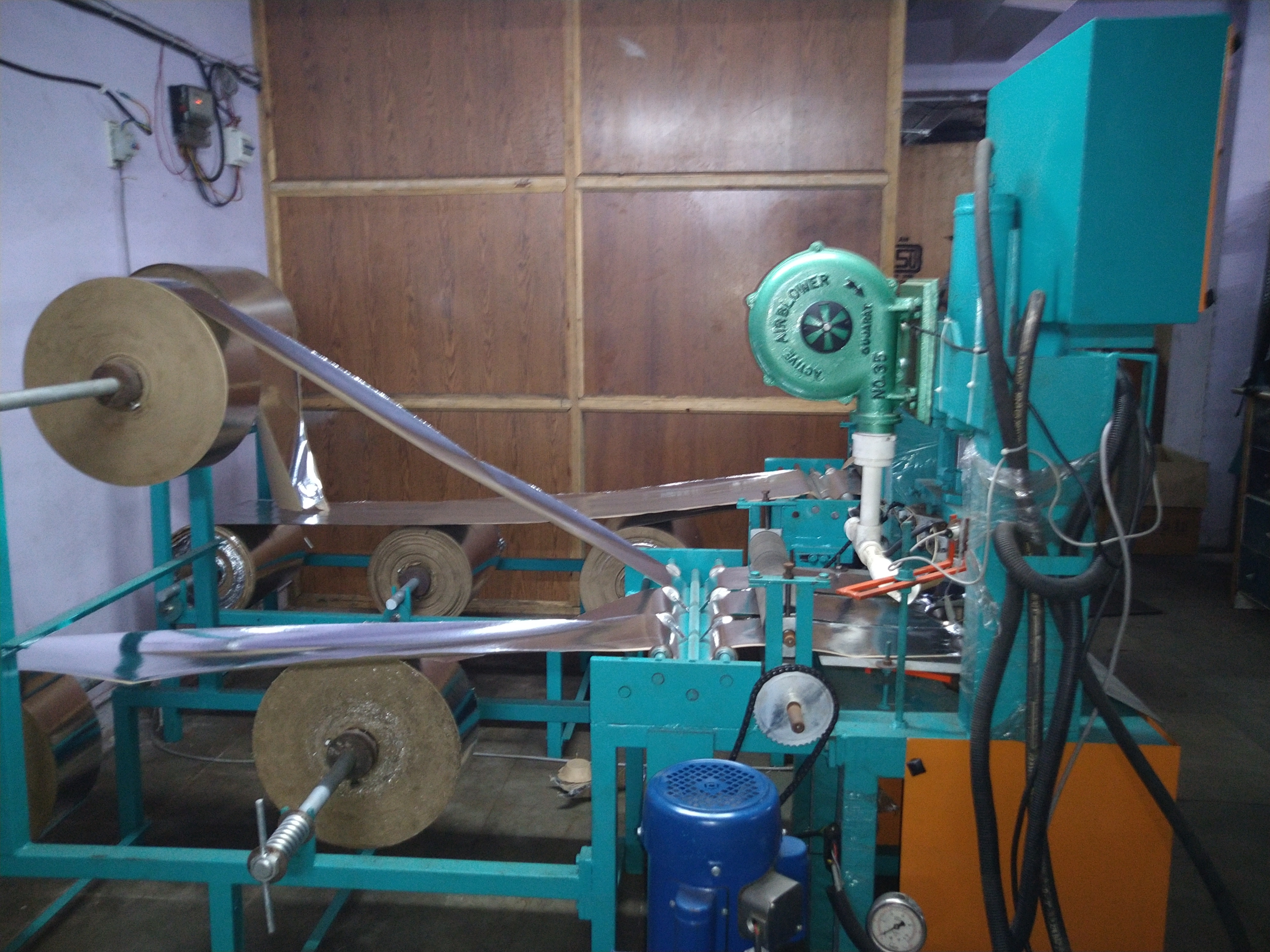 Fully Automatic Three Die Dron Making Machine