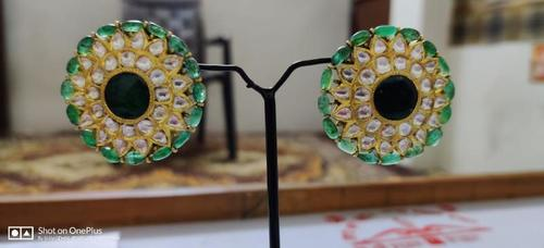 Gold Ear Top With Emerald Diamond Polki