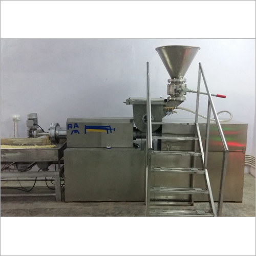 Semi Automatic Pasta Making Machine 200 Kg-hr