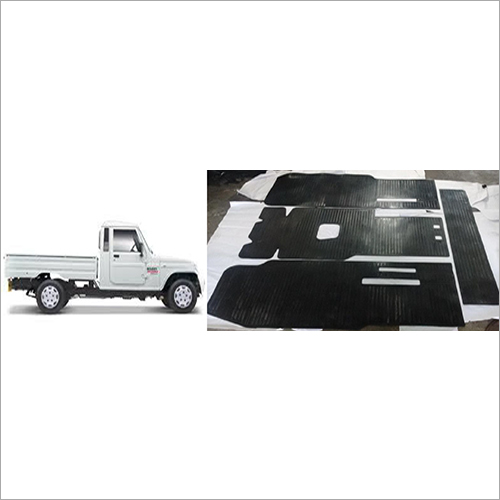 Bolero Pickup Car Rubber Foot Mat