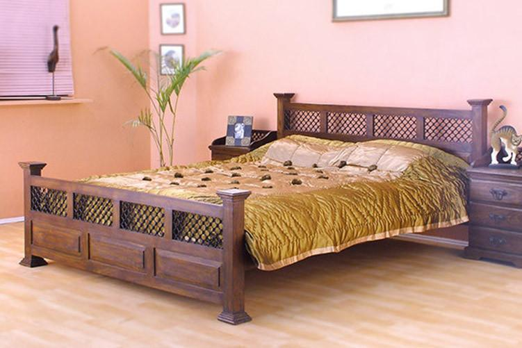 Solid Wooden Bed With Jali