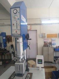 Ultrasonic Plastic Welding Machine