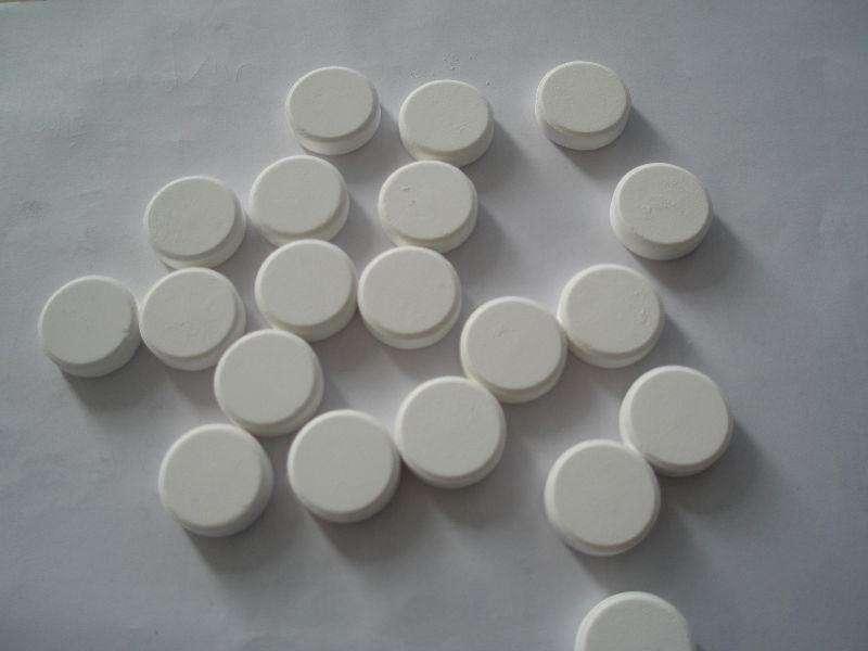 Cyanuric Acid ( CYA )
