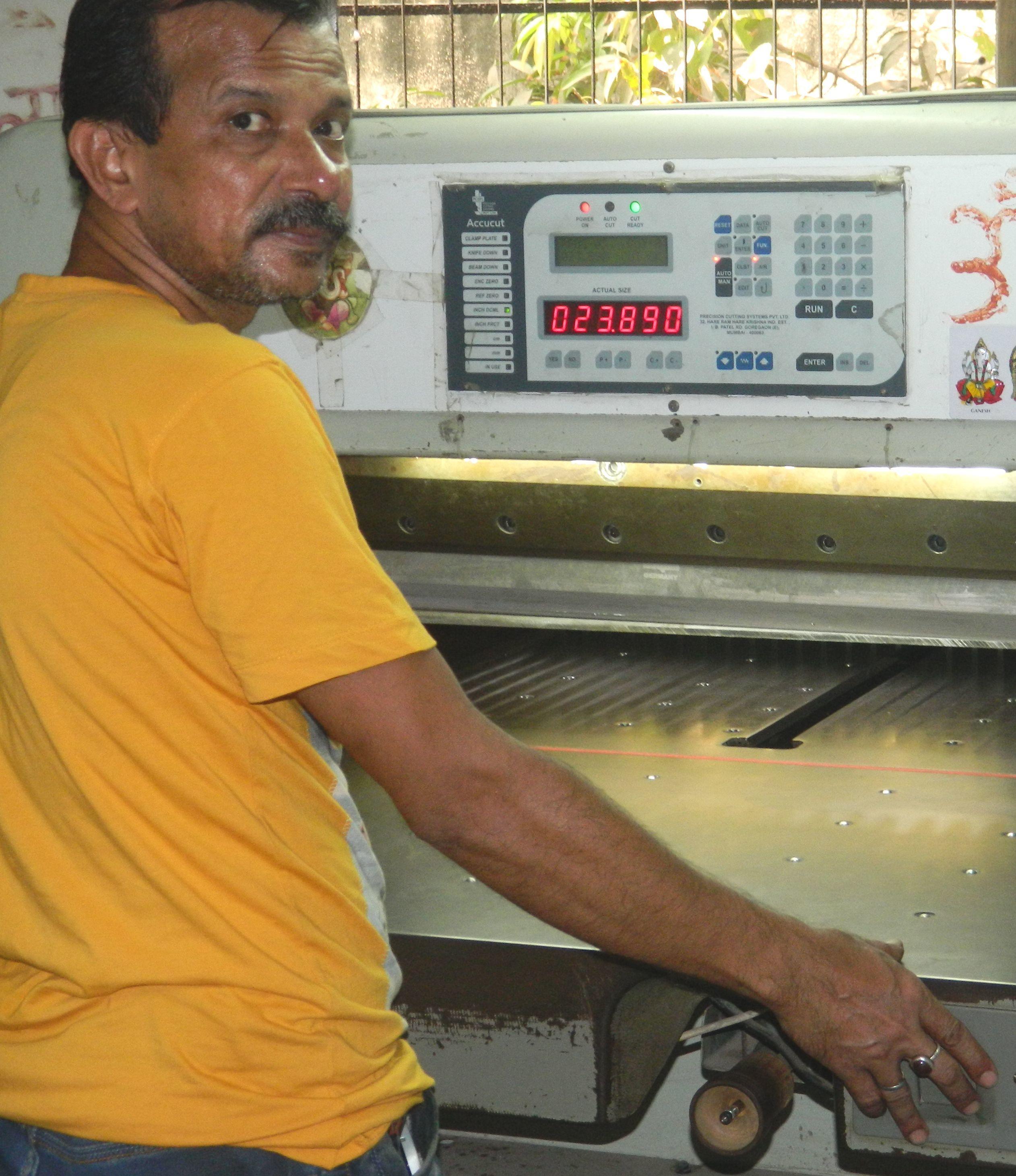 Accucut Cutting Machine Program