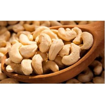 W320 Broken Cashew Nut