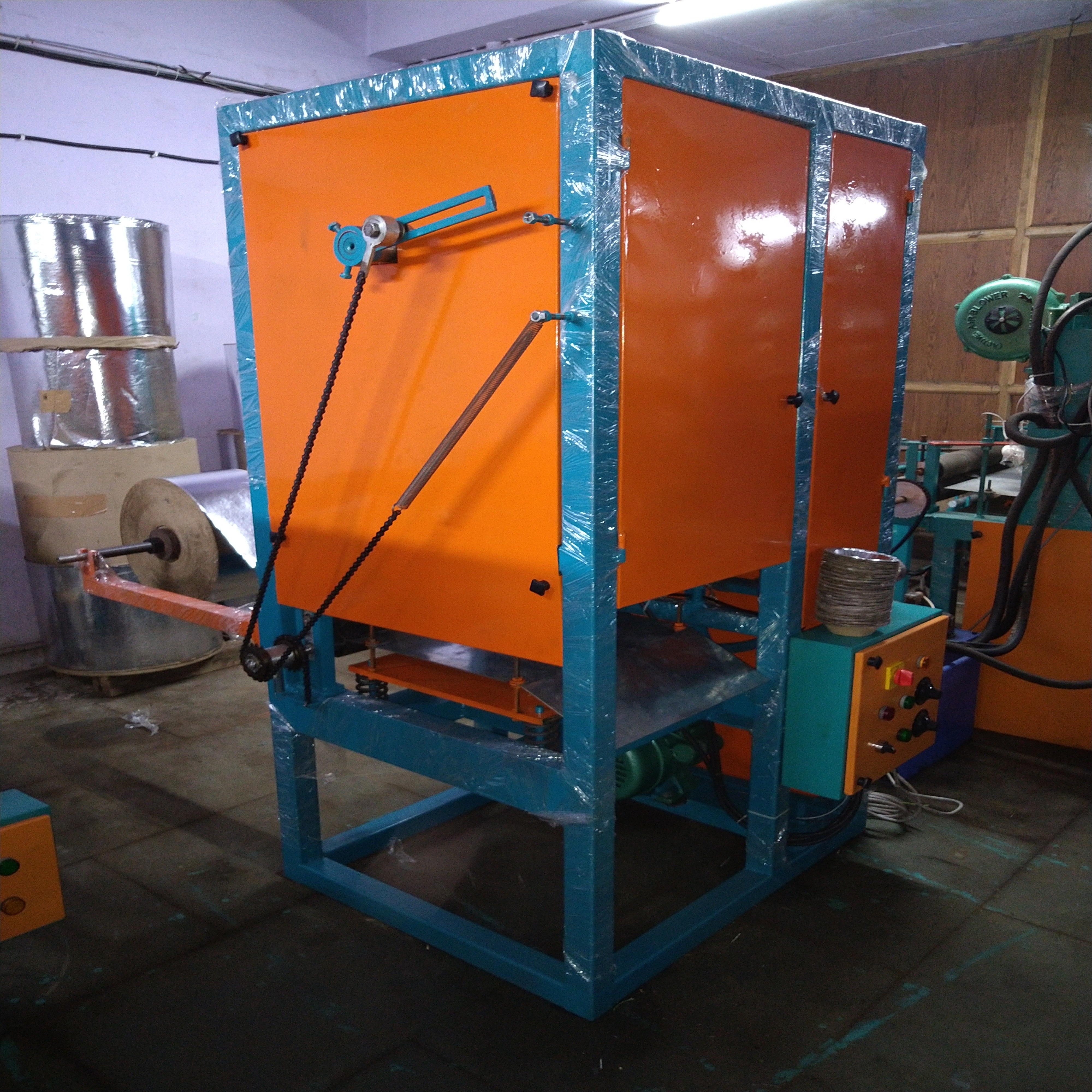 Single Die Disposable Plate Making Machine